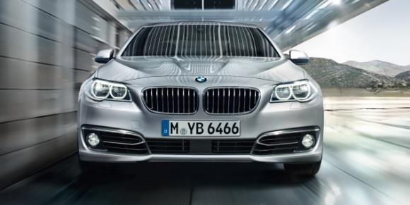 新型 BMW 5シリーズ セダン