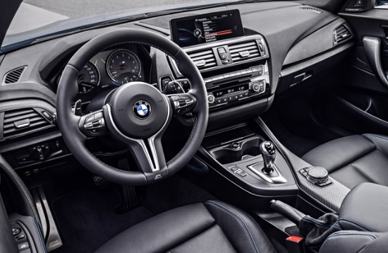 新型 BMW M2 クーペ グレード別情報・値引き額・最安値